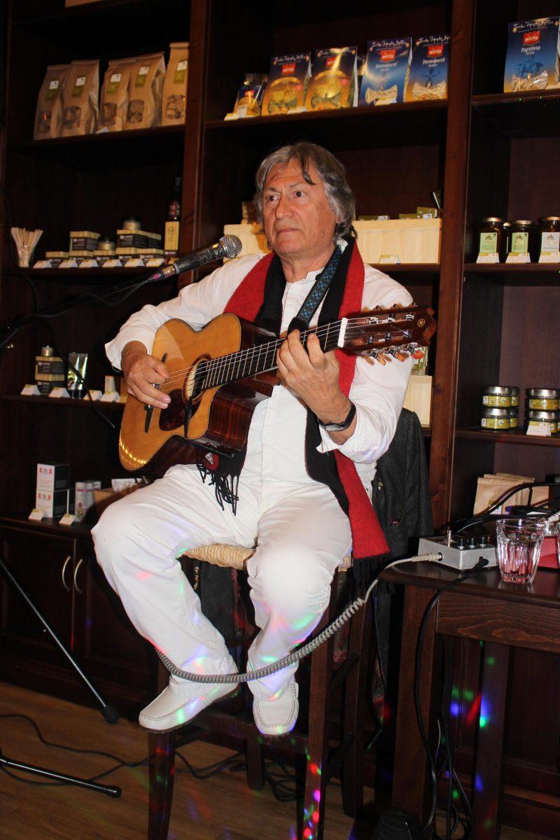 "Unser gestriger Villa Maria – Genussevent ""Mezedes à la Kreta. Mit Live-Musik von Nikos Petridis."""