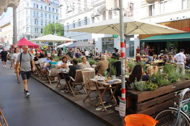 """Das """"Straßenfest Josefstadt"""" von letztem Freitag…"""