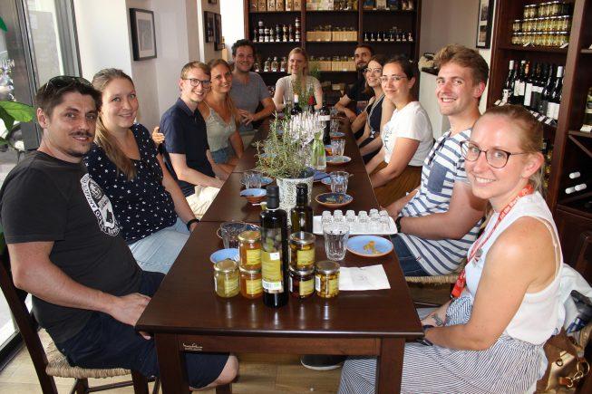 """""""Eat the World-Tour"""" zu Gast bei Villa Maria in Wien 8…"""